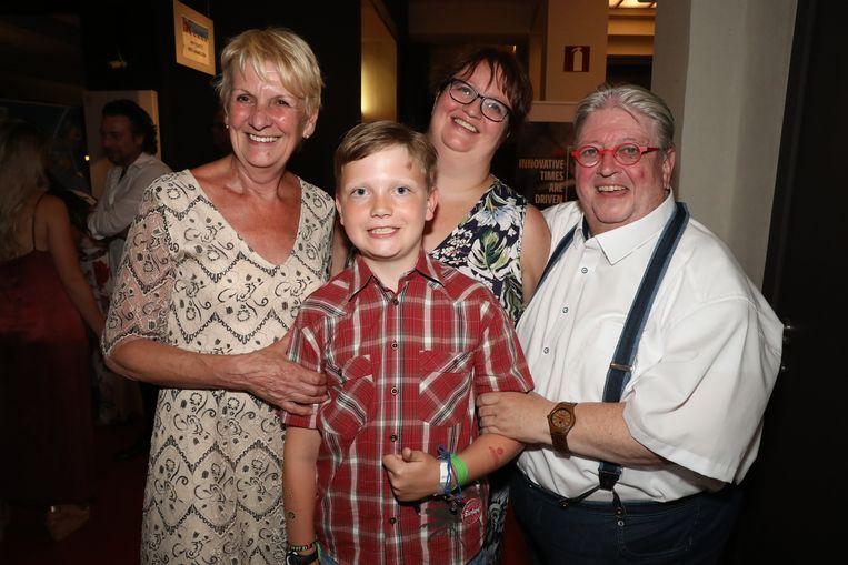 Luc Caals met kleinzoon Jorre en dochter Nathalie.