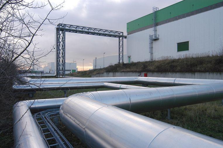 Momenteel ligt er al een leiding voor de levering van stoom aan het bedrijf Ineos.