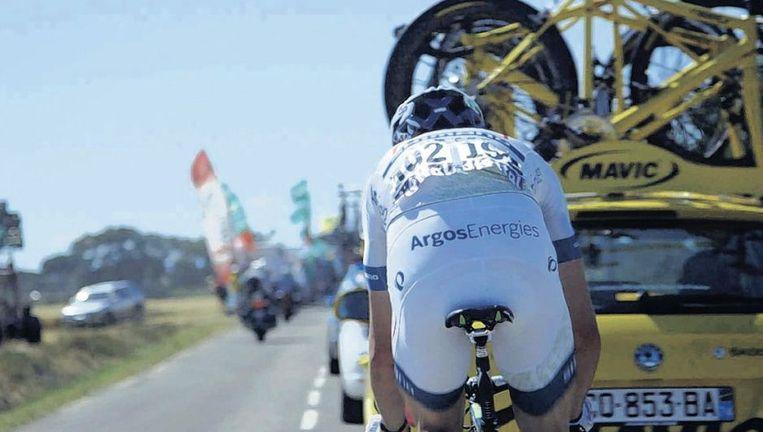 Beelden uit de documentaire 'Nieuwe Helden', waarin de Nederlandse wielerploeg Argos-Shimano gevolgd wordt tijdens de Tour de France van vorig jaar. Beeld Pieter van Huystee Films