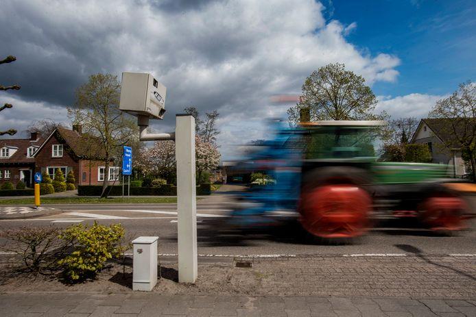De foppaal van Hilvarenbeek: flitst al dertien jaar niet meer.