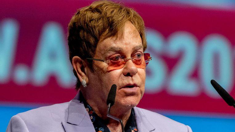 Elton John zet zich al 25 jaar in met zijn stichting voor mensen met aids. Beeld anp