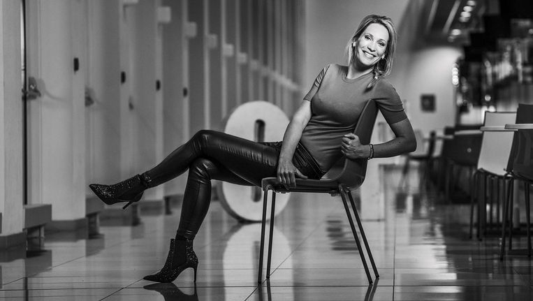 Sportpresentator Helene Hendriks Over Haar Werk In De Masculiene Voetbalwereld De Volkskrant