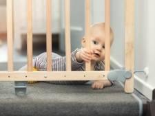 Consumentenbond teleurgesteld: Ruim helft van geteste traphekjes is ronduit gevaarlijk