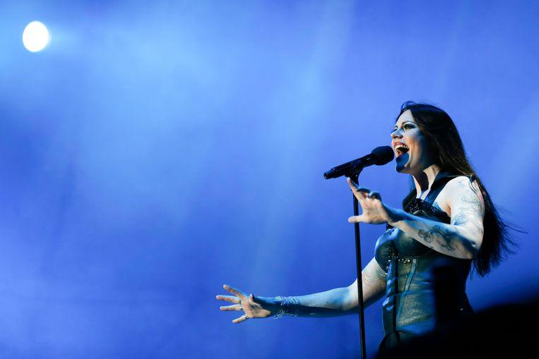 Floor Jansen, de Nederlandse zangeres van metalband Nightwish heeft de Popprijs 2019 gewonnen.  Beeld EPA