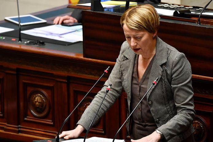 Catherine Fonck (cdH) ce jeudi à la Chambre.