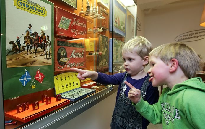Een lift zit er niet voor het Deventer Speelgoedmuseum, dat nu grondig verbouwd wordt.