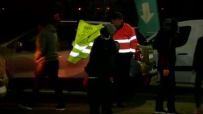 Gele hesjes zijn terug: tiental actievoerders verzamelen in Henegouwen voor wegblokkade