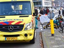 Motorrijder in Breda gewond na val door remmen