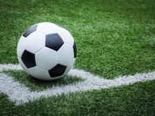 Vrouwen FC Eindhoven winnen dankzij Juul Santema