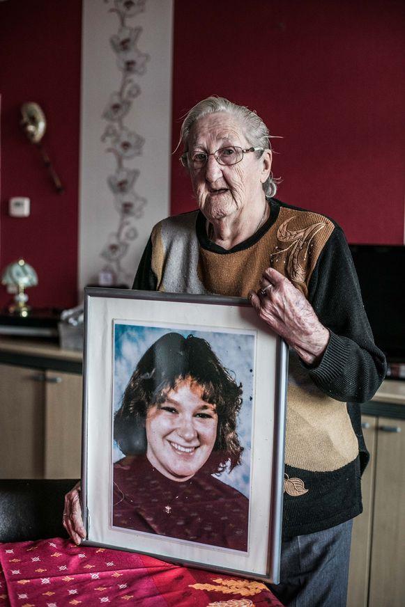 Anita wacht al 24 jaar op nieuws over haar dochter Sylvie.