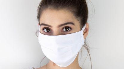 50 vrijwilligers delen 10.000 mondmaskers uit aan alle inwoners