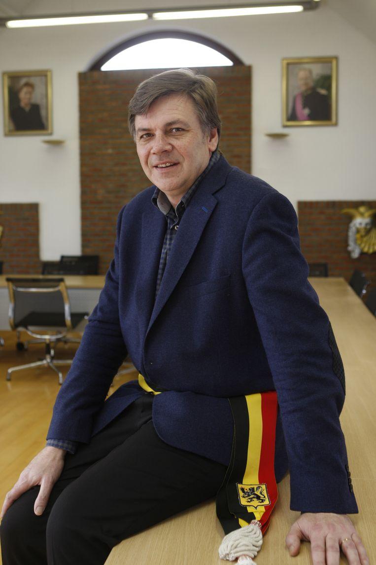 Burgemeester Manu Claes.