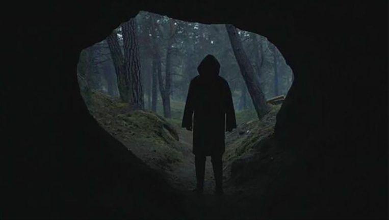 Nieuwe Netflix-serie 'Dark' ziet er echt creepy uit | TV