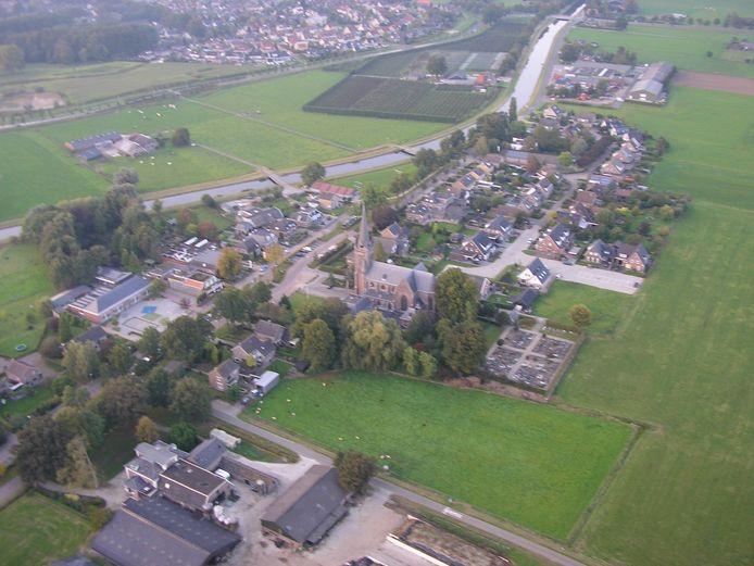 Archieffoto van Boerhaar vanuit de lucht.