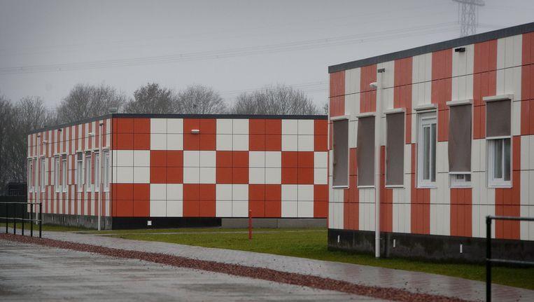 De basisschool en de middelbare school op de opvanglocatie van het Centraal Orgaan opvang Asielzoekers (COA) in Ter Apel. © ANP Beeld