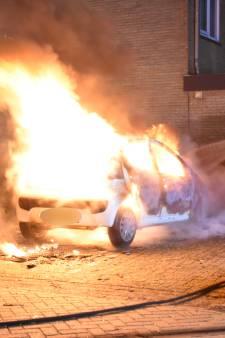 Derde autobrand in korte tijd in Boskoopse Snijdelwijk: 'Onveilig gevoel dat je auto in je eigen buurt wordt aangestoken'