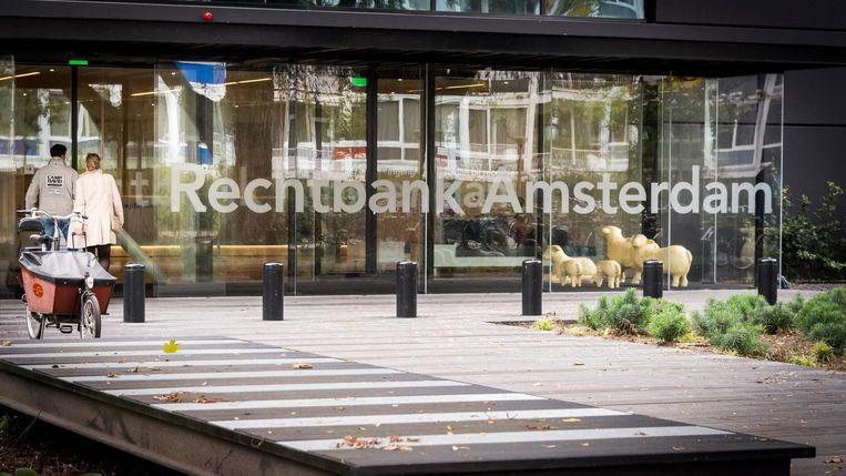 De rechtbank in Amsterdam stelt dat woningcorporatie De Alliantie geen fouten heeft begaan bij het intrekken van de verkoop van 37 woningen in Buiksloterham.  Beeld ANP