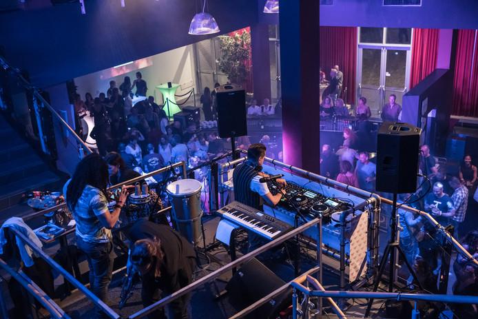 Citylife, eerste editie in Scheldetheater, met optredens toen nog in de foyer.