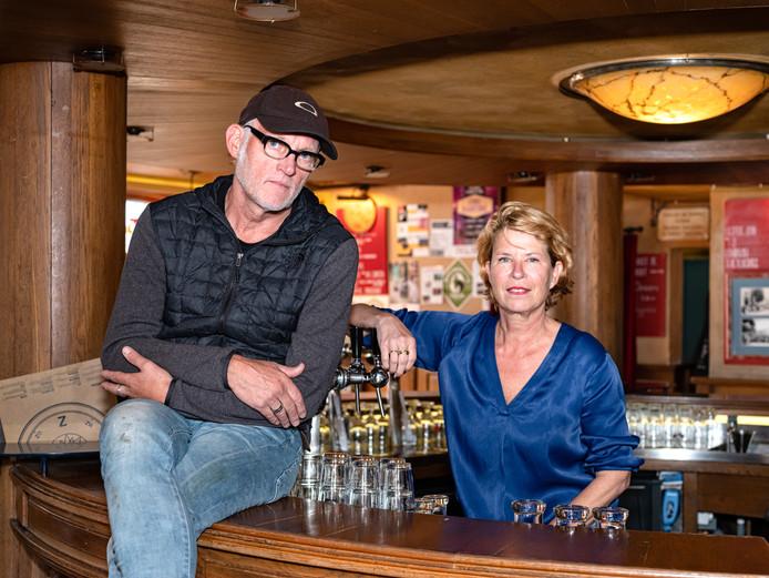 Marion van der Voort en Rob Acket in Kafé van Zanten, waar het idee voor Horecalegendes ontstond.