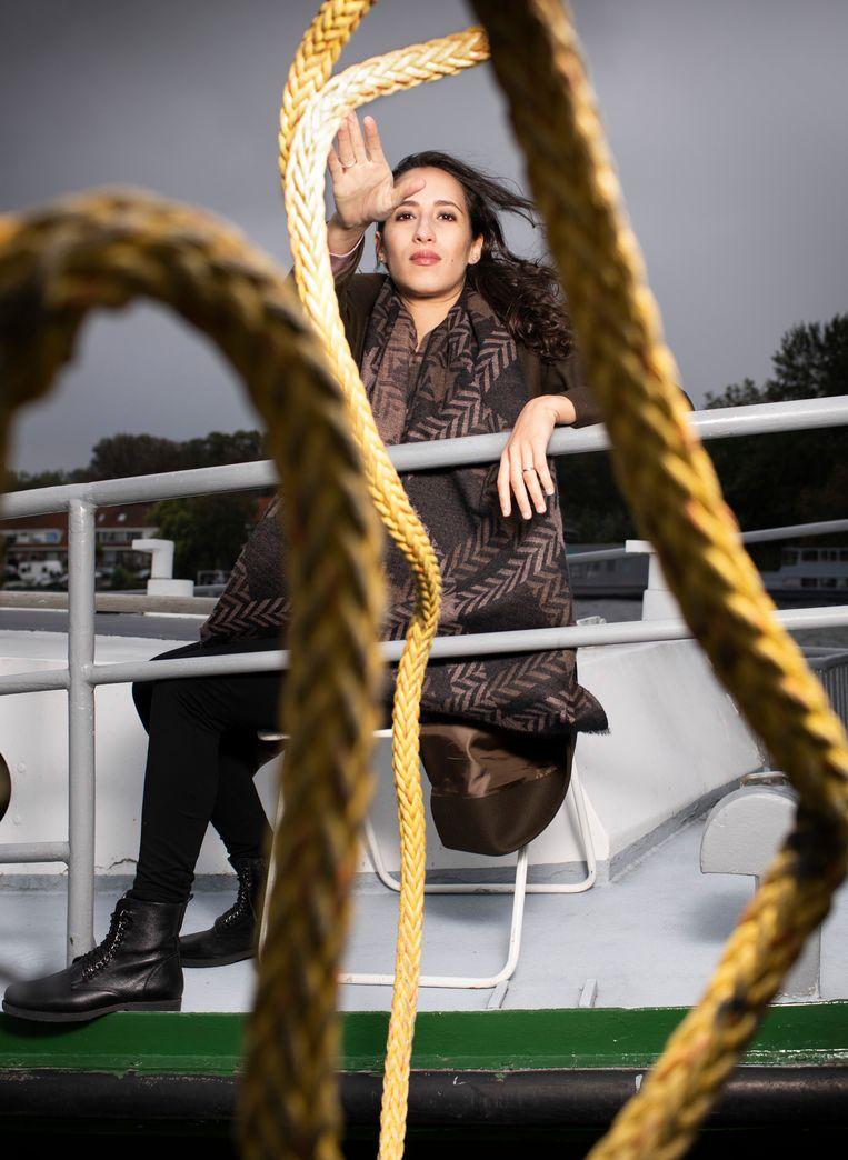 Faiza Oulahsen op de Klapstoel Beeld Harmen De Jong