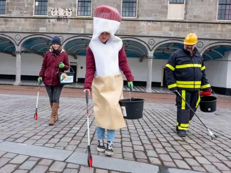 5500 peuken geraapt in Zierikzee: 'Zo zijn we toch niet opgevoed'