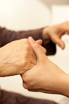 Thuisgenoten levert straks huishoudelijke hulp in 13 Twentse gemeenten