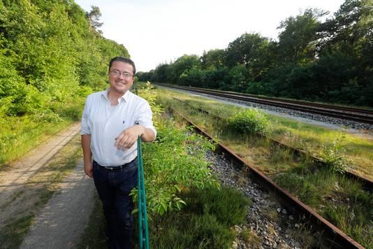 Maurice Niesten bij het spoor tussen Nijmegen en Groesbeek.