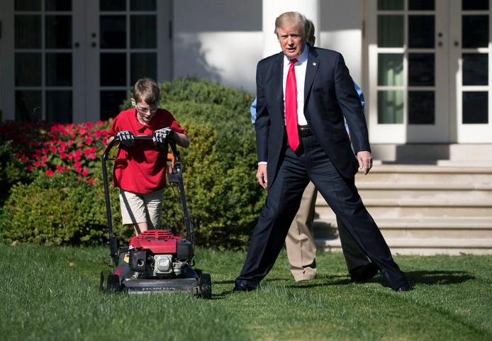 President Donald J. Trump samen met Frank Giaccio.