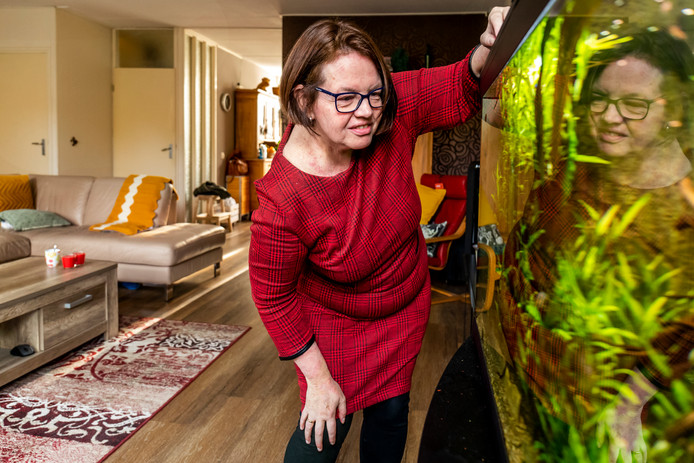 Karin Veldman (50).