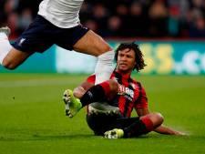 Aké valt tegen Liverpool uit met blessure