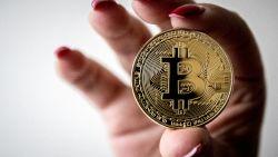 Bitcoin veert weer op na stevige koersval