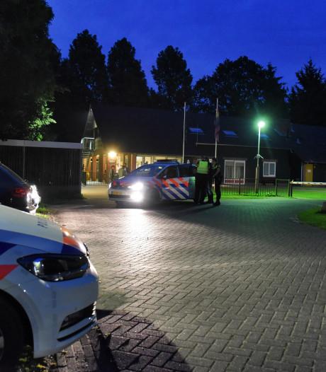 Man (21) opgepakt na bedreigen bewakers met stok in azc Oisterwijk