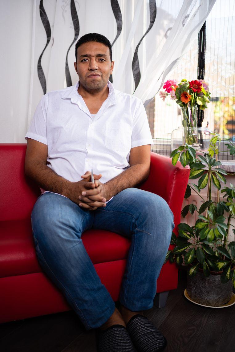 Ramadan Ali heeft in april een Nederlands paspoort gekregen. Beeld Katja Poelwijk