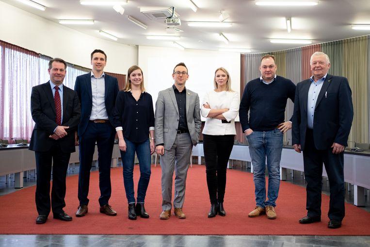 Het nieuwe schepencollege van Sint-Katelijne-Waver: Eric Janssens, Sven Verelst, Sarah De Keyser (CD&V), Kristof Sels, An Coen, Joris De Pauw en Jan Broes (N-VA)
