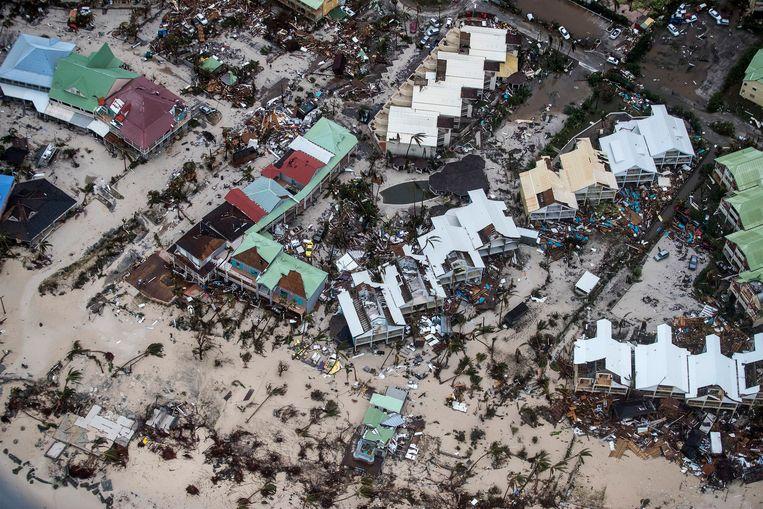 Ravage op Sint-Maarten, vlak na orkaan Irma in 2017. Beeld AP