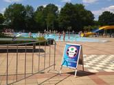 Zwembad in Wijhe versoepelt maatregelen vlak voor hitte: meer mensen welkom en douchen mag