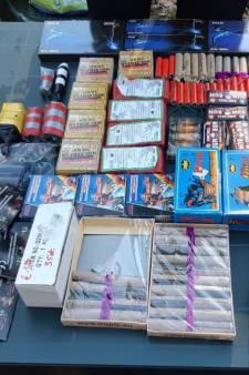 Man (18) met bulk aan illegaal vuurwerk opgepakt op vakantiepark in Valkenswaard