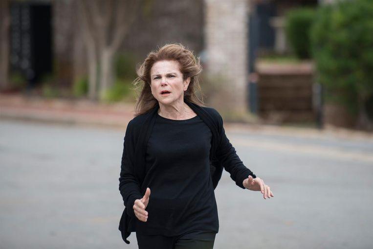 Deanne Monroe (Tovah Feldshuh) uit het vijfde en zesde seizoen van zombie-serie The walking dead Beeld
