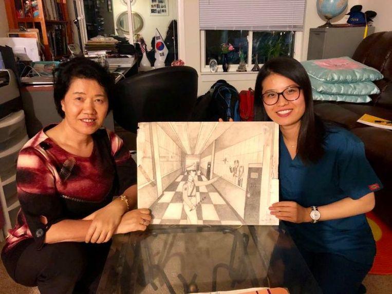 Grace Jo met haar moeder.