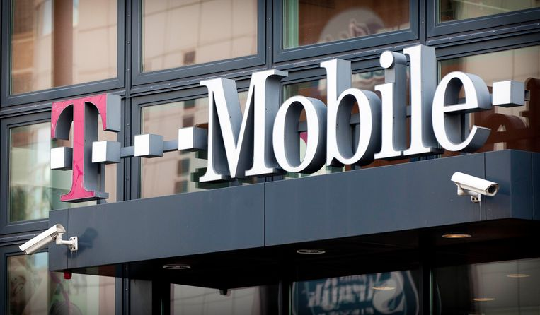 T-Mobile kreeg de hoogste geldstraf. Dat bedrijf moet ruim 3,9 miljoen euro betalen. Beeld ANP