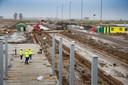 In Lelystad is al begonnen met de bouw van een nieuwe terminal voor de luchthaven.