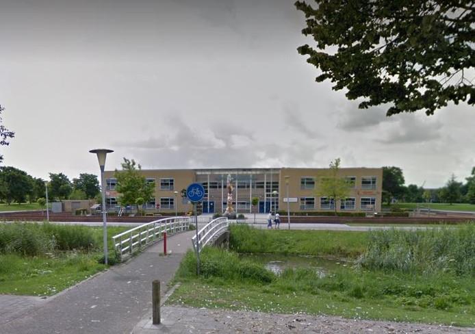 De politie zoekt getuigen van de mishandeling van een 12-jarige jongen in Zwolle.