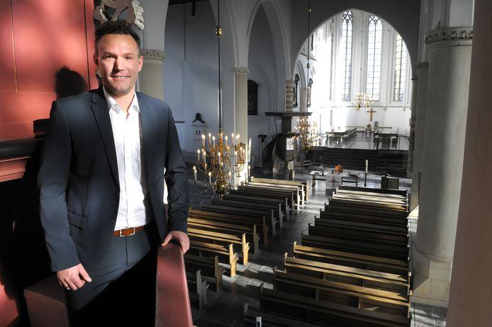 Paul Koedijk, beheerder van de Geertruidskerk in Geertruidenberg. Foto Jan Stads / Pix4Profs