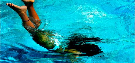 Zwembaden mogelijk langer open