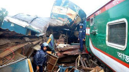 Frontale treinbotsing in Bangladesh: minstens 16 doden en tientallen gewonden