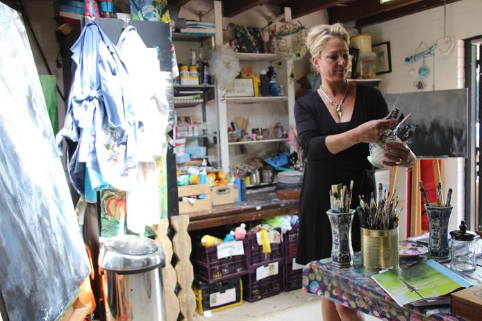 Iris Hurkmans in haar atelier