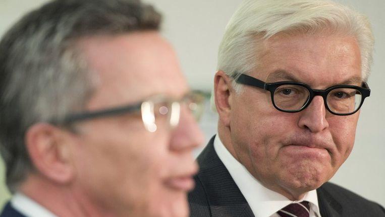 Steinmeier (rechts) met CDU-lid De Maiziere. Beeld afp