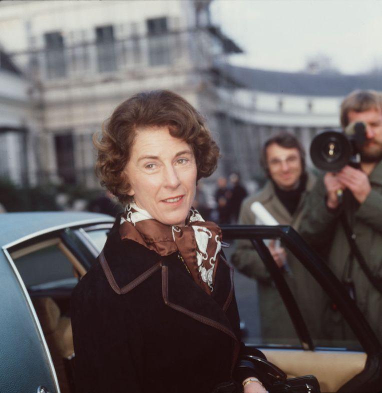 Til Gardeniers vlak na haar beëdiging tot minister in 1977. Beeld ANP