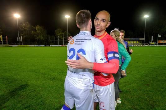 Hoek-doelman Jordi de Jonghe en Reguillo Vandepitte eisten een hoofdrol op bij de strafschoppenserie tegen FC Lisse.