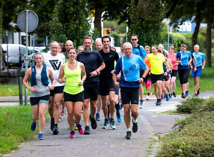 Leden van Runnersclub Woerden hebben de looptrainingen sinds juni weer opgepakt.